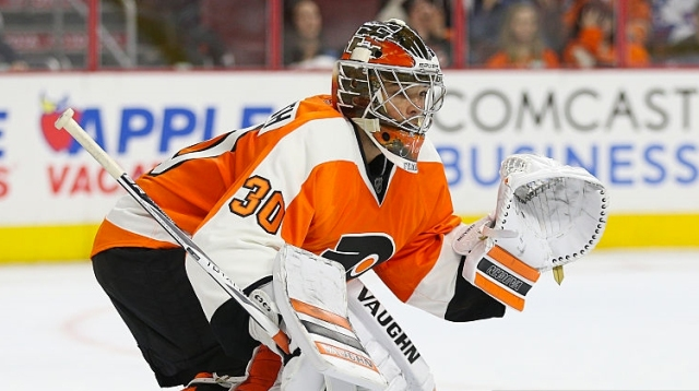 Michal-Neuvirth-Flyers-Getty