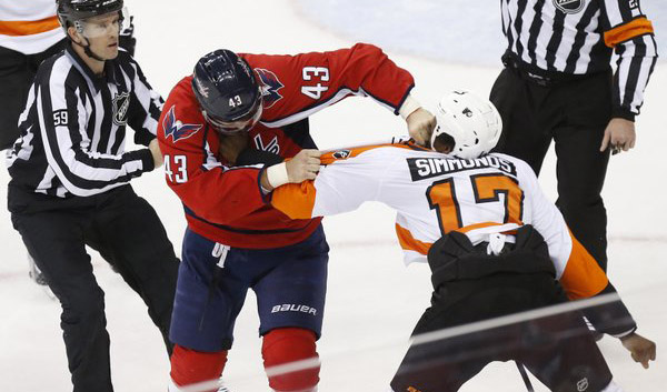 tom-wilson-and-wayne-simmonds-fight
