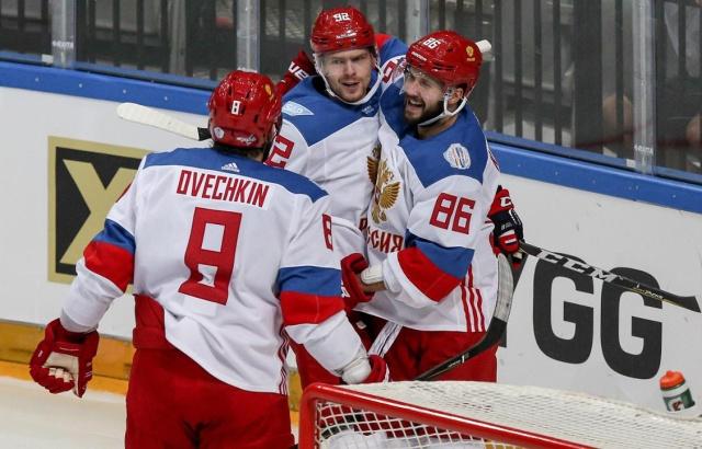 Evgeny Kuznetsov weighs in on Nikita Kucherov  b8d649120ce