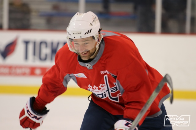justin-williams-caps-capitals-practice-kettler-89