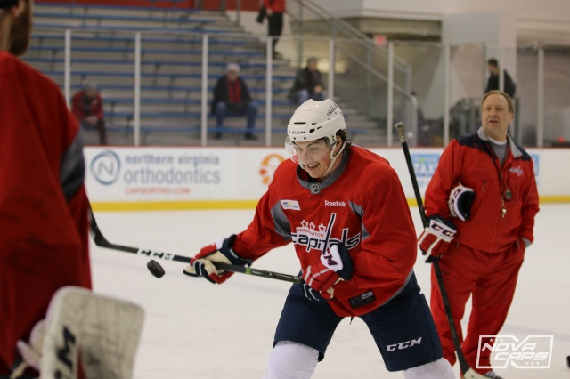 tj-oshie-caps-capitals-practice-kettler-92