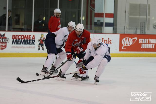 tj-oshie-team-caps-capitals-practice-kettler-49