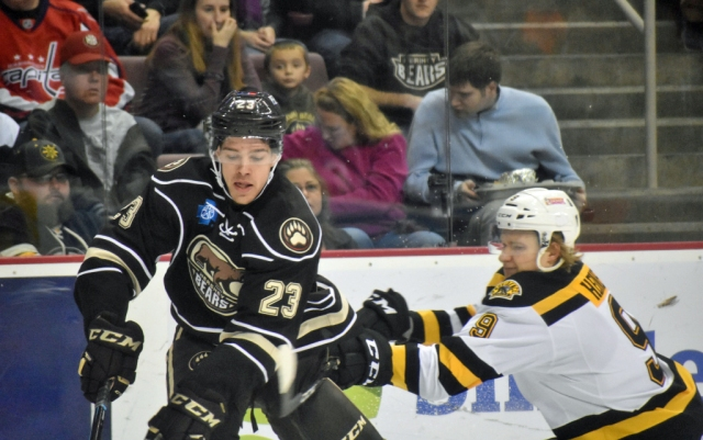zach-sanford-hershey-bears