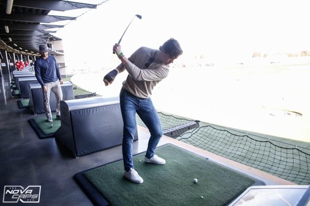 andre-burakovsky-golfing-jpg