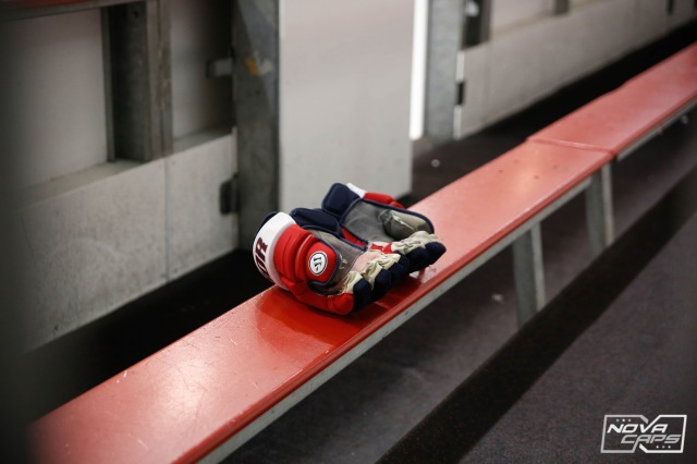 gloves-caps-gloves-capitals-gloves-jpg