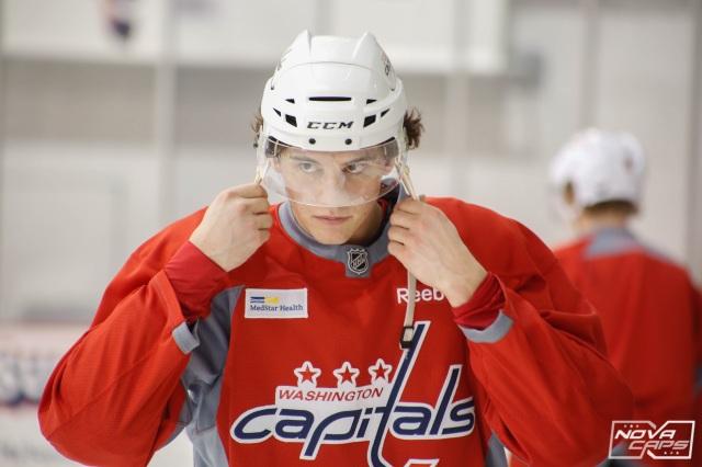 Andre-burakovsky-caps-practice.jpg