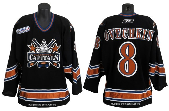 buy popular 5f0b5 ab414 Reader's Poll: Which is the Best Capitals Uniform of All-Time ...