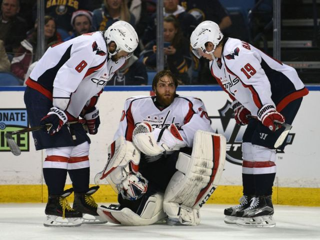 Capitals_Sabres_Hockey.JPEG-02210_s878x661