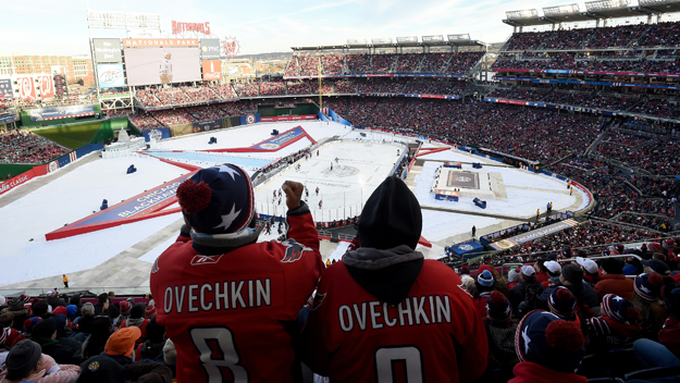 f0b5736fff2 A Look Back at the Last Two Times the Capitals Played Outside