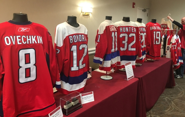 Hockey Fans and Collectors Take Part in 12th Annual NoVa Game Worn ... 7ced8a82366