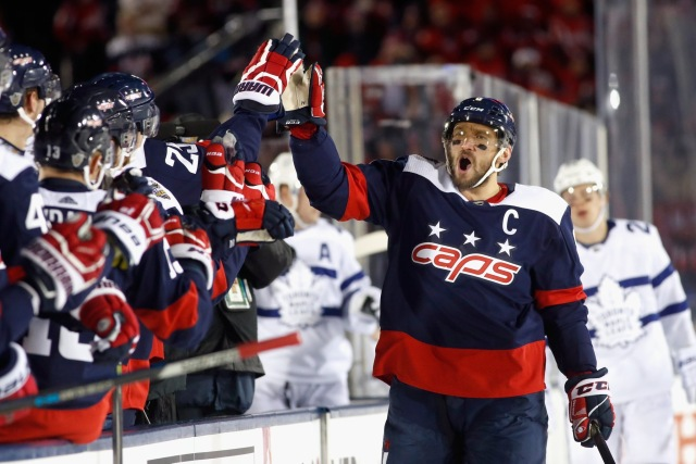 Capitals Burn Maple Leafs 5 2 In Stadium Series Game