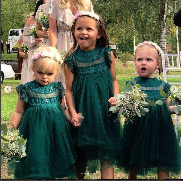 Closeup of Mila and Cousins Flower Girls