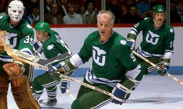 Around the Metro  Carolina Hurricanes to Wear old Hartford Whalers ... 30445686f