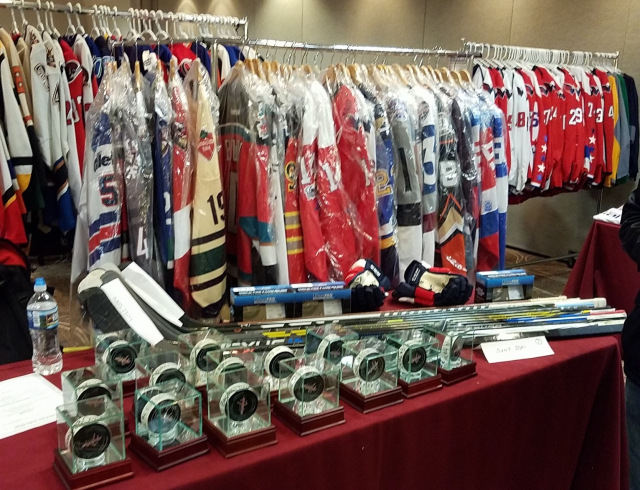 13th Annual Northern Virginia Game-Worn Jersey Expo Set For March 16 ... 402418225